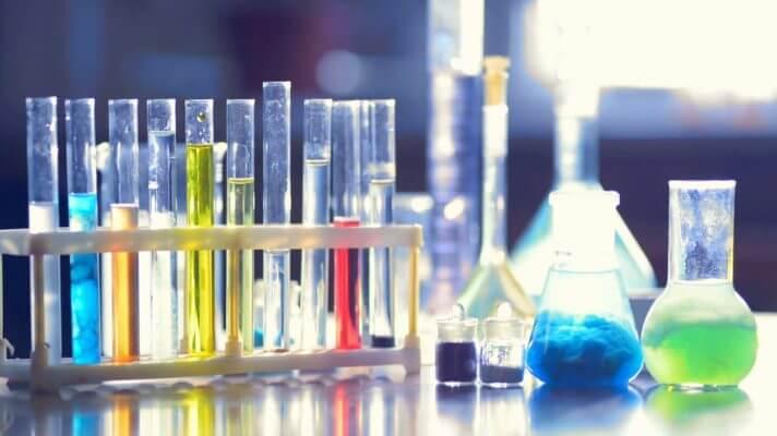 Thủ tục khai báo hóa chất nhập khẩu về Việt Nam